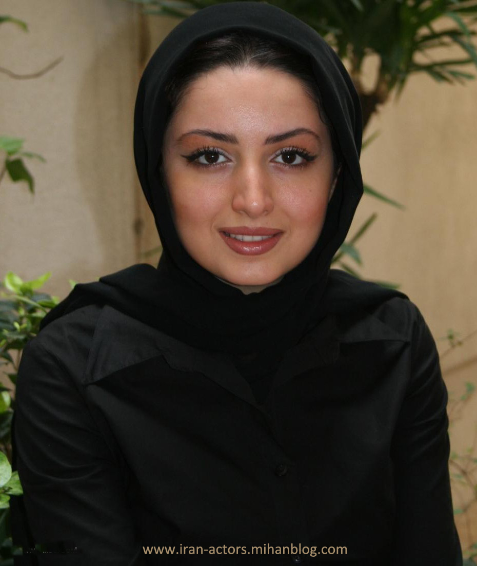 Communication on this topic: Amber Mariano, shila-khodadad/